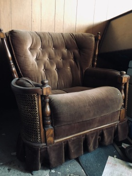 Gorgeous brown crushed velvet chair